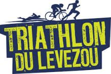 25 Août : Championnat de France ! Le coin a l'air sympathique (Aveyron), les gens comprendront mon accent et le parcours me semble fun.
